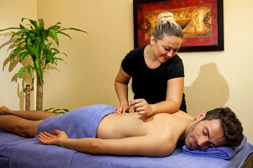 Massage, Crowne Plaza Hotel Antalya
