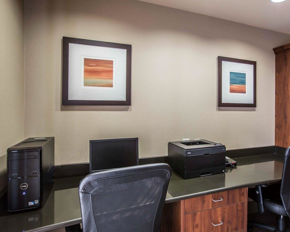 Business Center, Comfort Suites Whitsett - Greensboro East