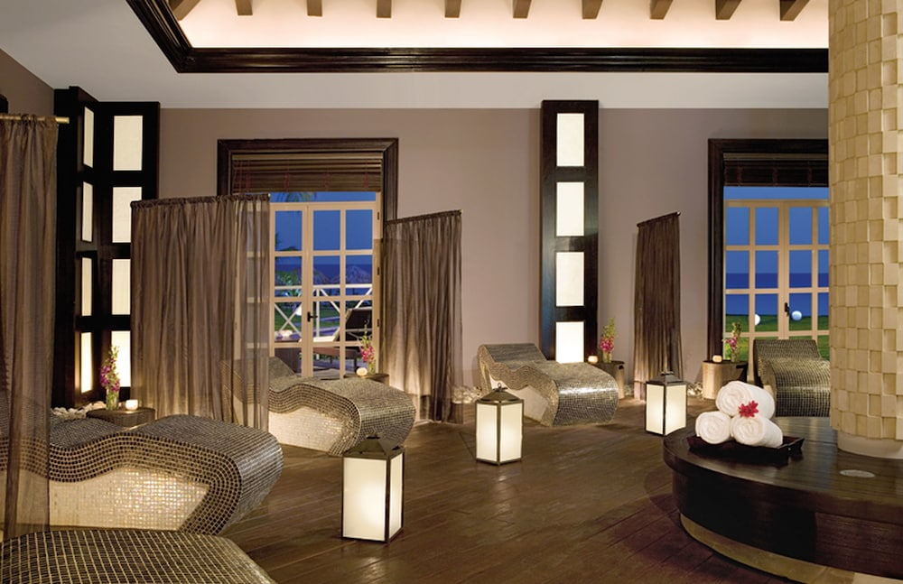 Wild Orchid Beach Resort Room Rates