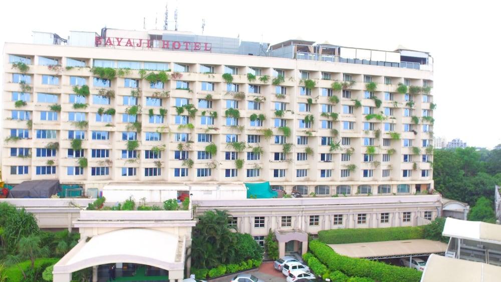 Hotel Sayaji Indore Room Rates
