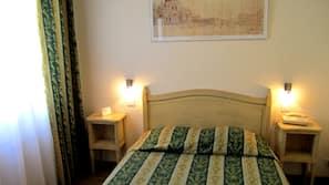 In-room safe, desk, free cribs/infant beds