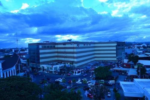 Apo View Hotel