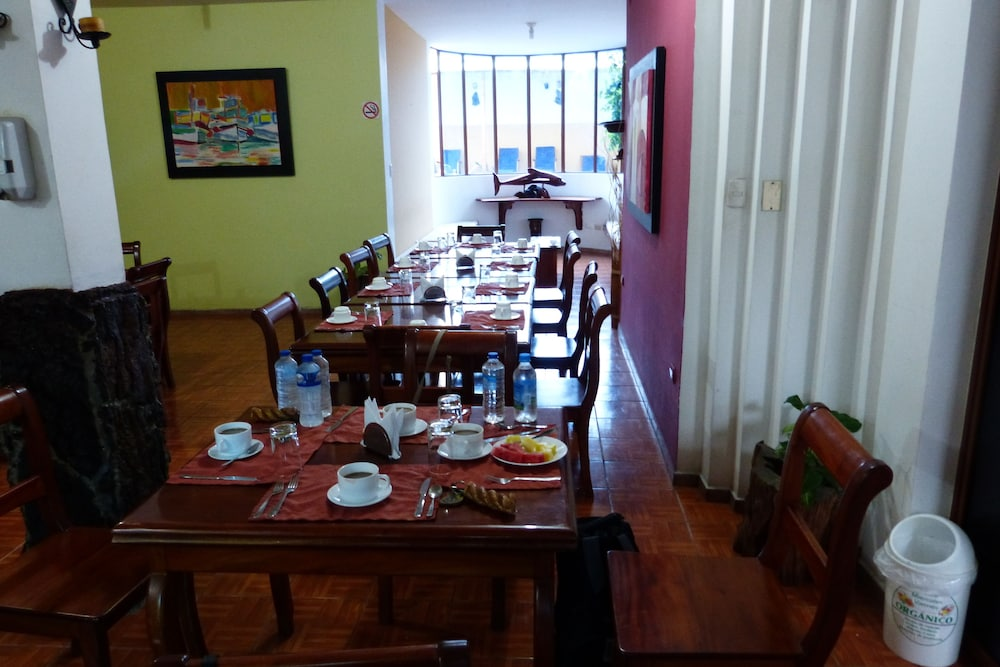 Breakfast Area, Galapagos Islands Hotel