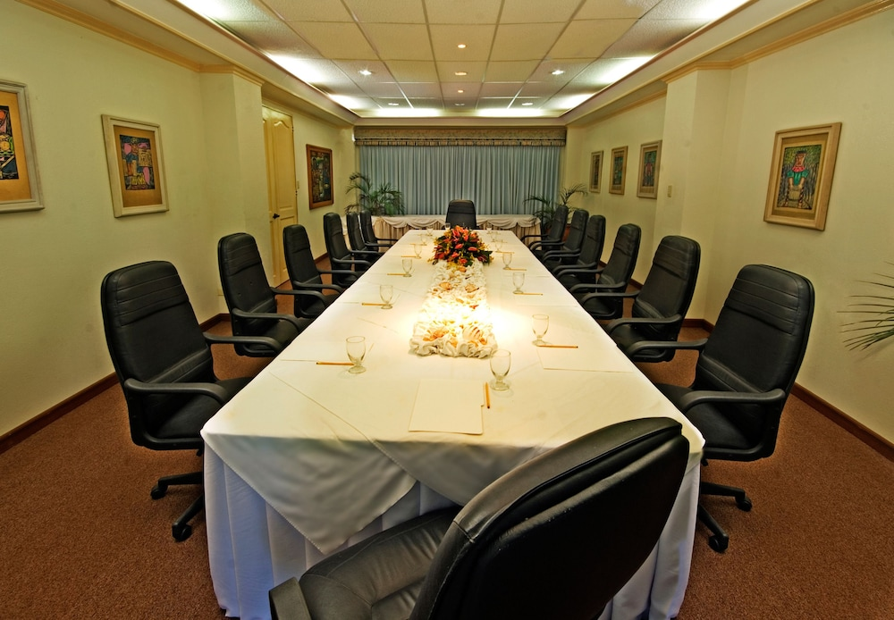 Meeting Facility, Costabella Tropical Beach Hotel