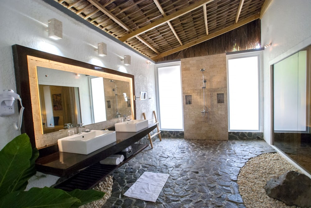 Bathroom, Atmosphere Resorts & Spa