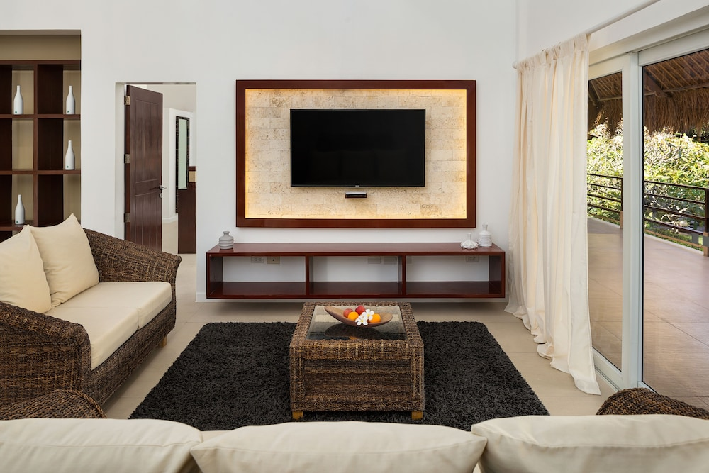 Living Room, Atmosphere Resorts & Spa