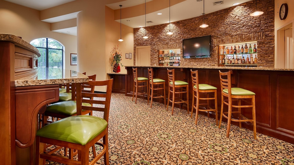 Bar, Best Western Plus Westgate Inn & Suites
