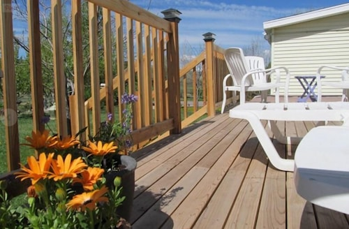 Woodland farmhouse inn bed and breakfast kamas usa for 23 woodlands terrace