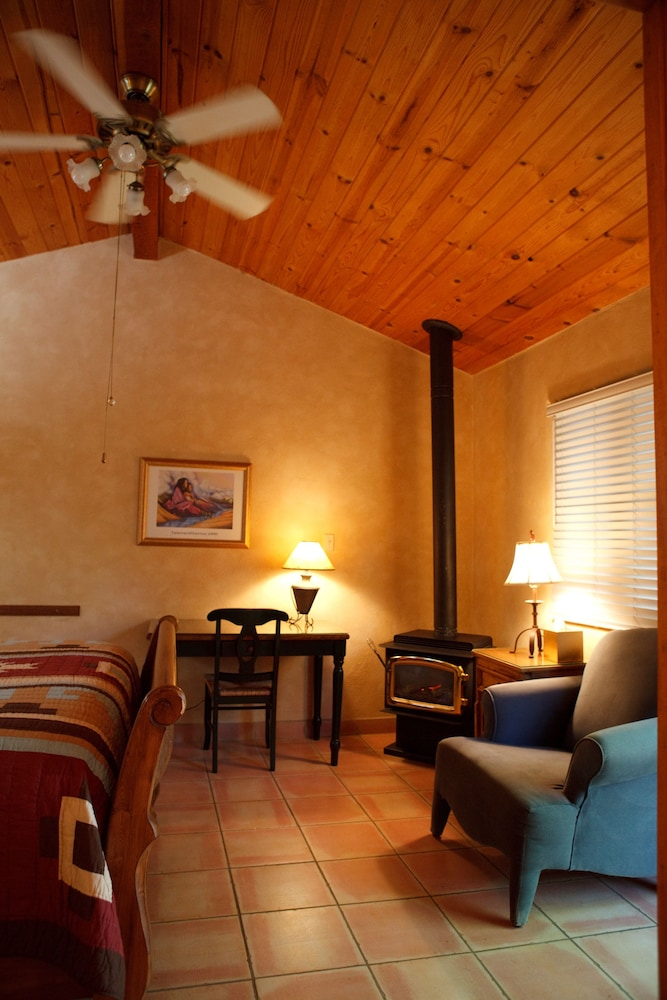 Living Area, Dreamcatcher Bed and Breakfast