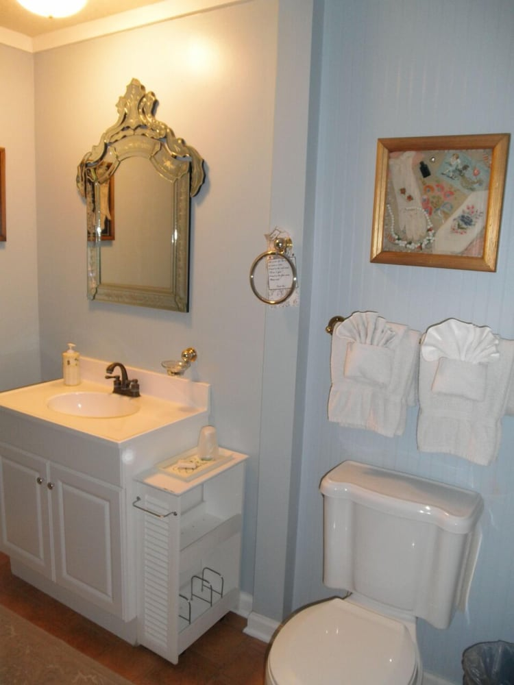 Bathroom, Tybee Island Inn
