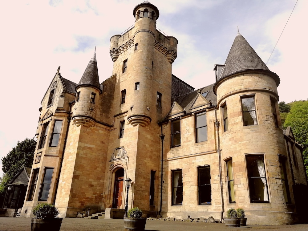 Featured Image, Broomhall Castle