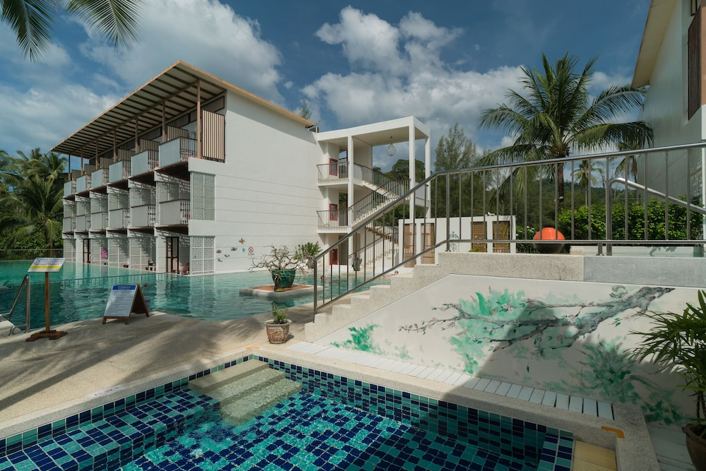 Exterior, The Briza Beach Resort Khaolak