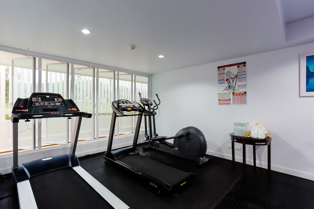 Gym, The Briza Beach Resort Khaolak
