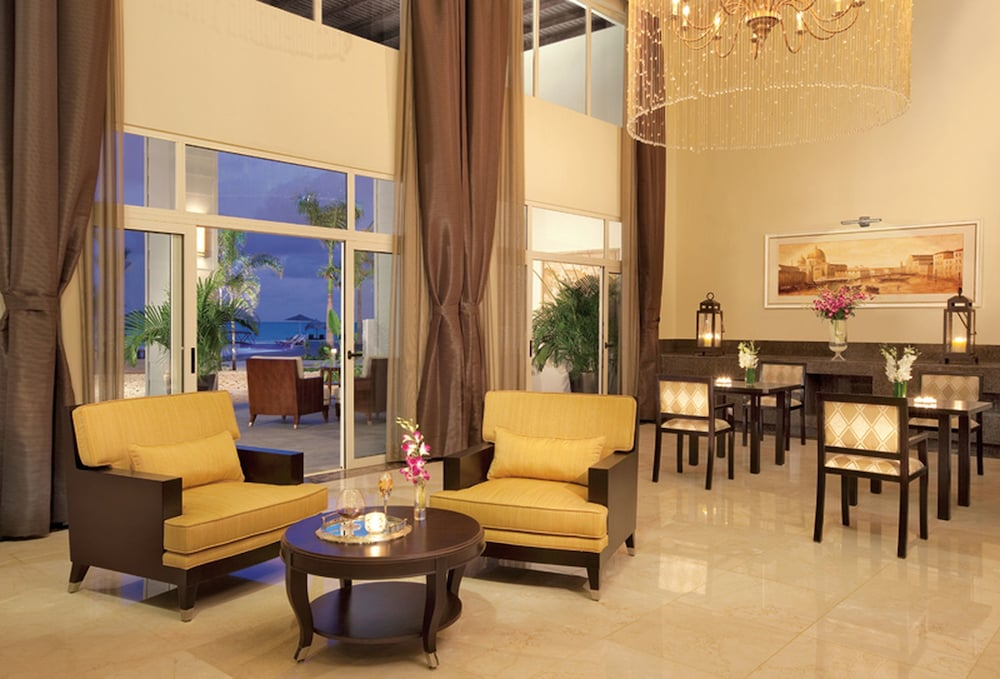 Lobby Sitting Area, Secrets St. James Montego Bay - Luxury – All Inclusive