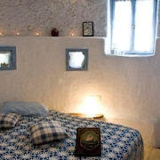 Windmill Suites- Self-Catering