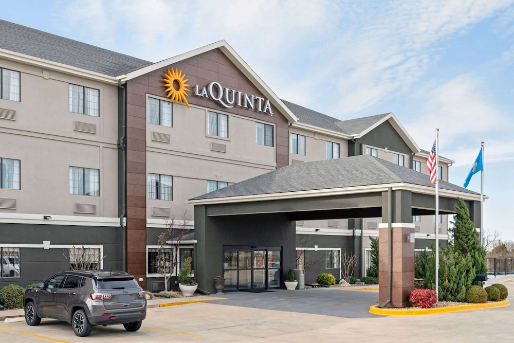 Featured Image, La Quinta Inn & Suites by Wyndham Ada
