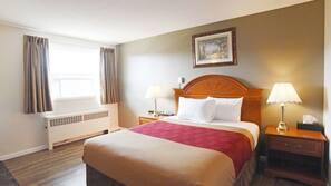 Escrivaninha, berços (sobretaxa), camas extras/dobráveis (sobretaxa)