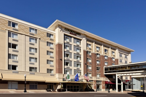 Check Expedia for Availability of Courtyard Fort Wayne Downtown Grand Wayne Convention Center