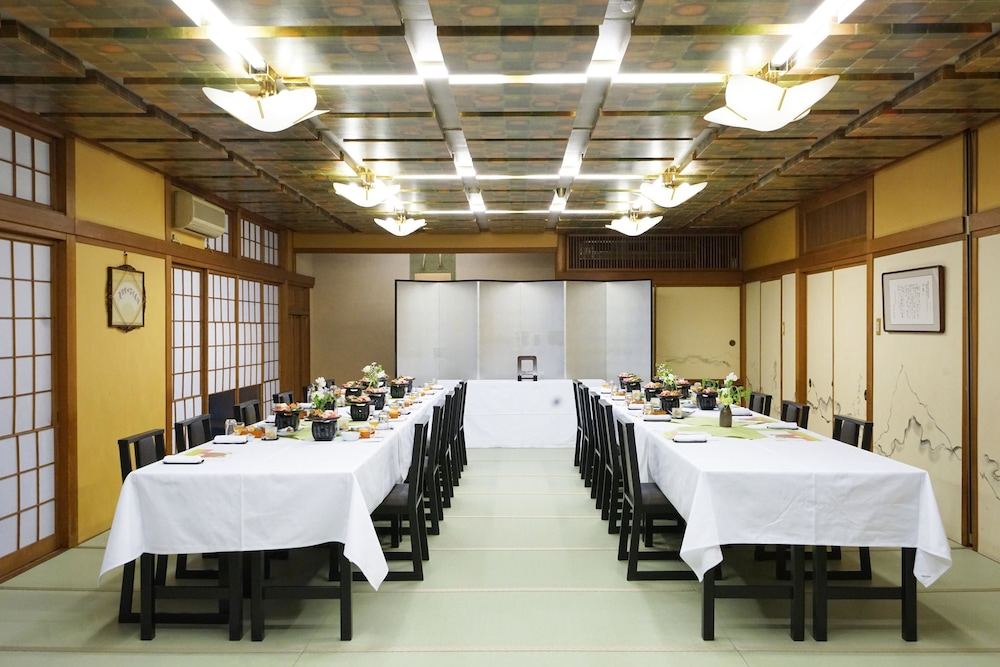 Banquet Hall, Hotel Riverge Akebono