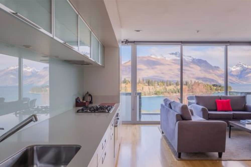 Lake View Swiss-SuperSuite One Bedroom - Featured Image