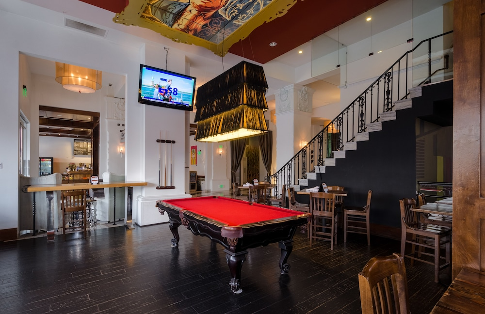 Billiards, The Padre Hotel