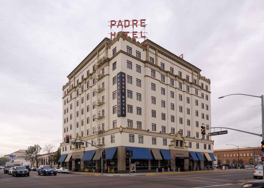 Front of Property, The Padre Hotel