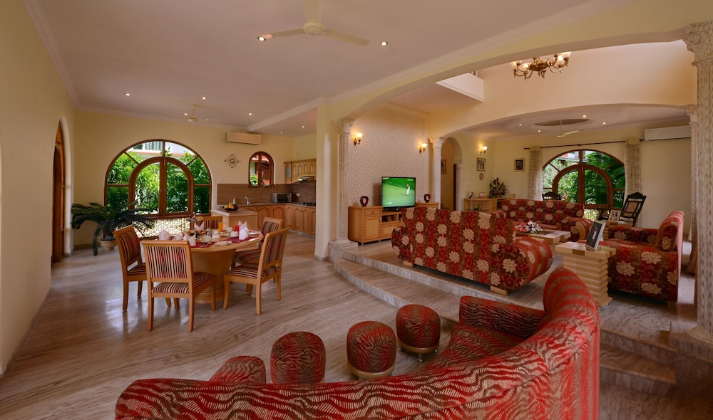 Living Room, Resort Rio