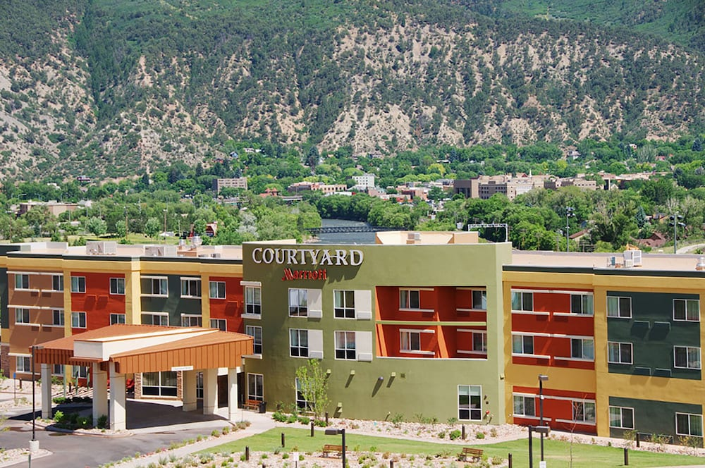 Front of Property, Courtyard by Marriott Glenwood Springs