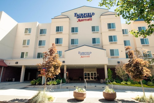 Great Place to stay Fairfield Inn & Suites Seattle Bremerton near Bremerton