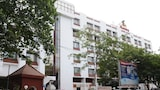 BREEZE RESIDENCY - Tiruchirappalli Hotels