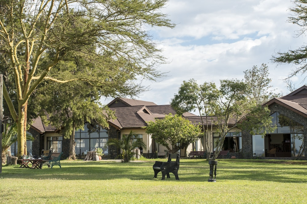 Property Grounds, Sweetwaters Serena Camp