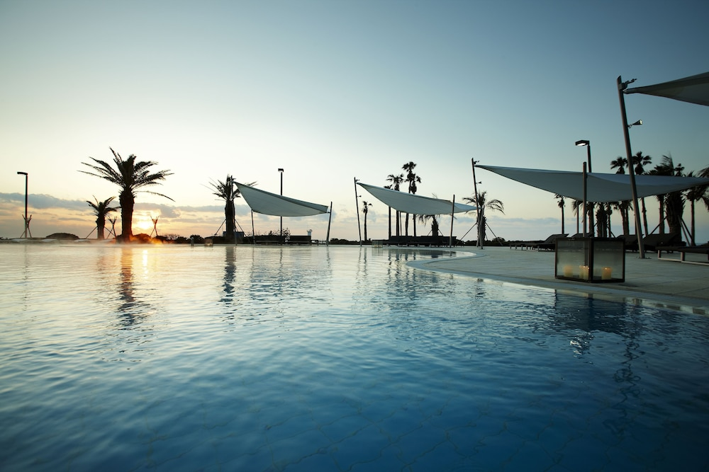 Outdoor Pool, Haevichi Hotel and Resort Jeju