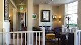 The White Horse Hotel - Pulborough Hotels