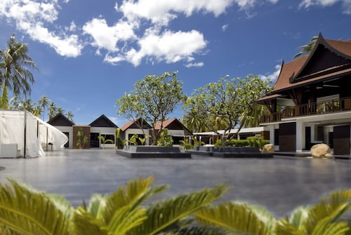 Aava Resort And Spa