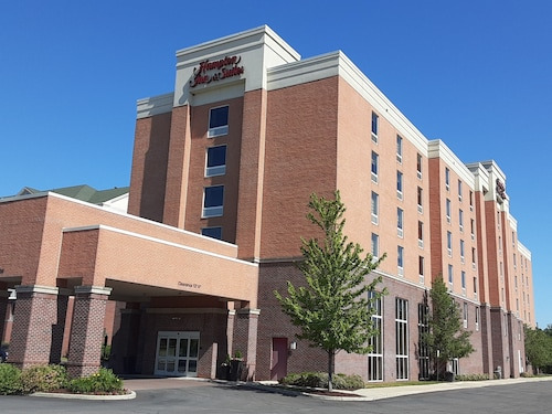 Hampton Inn & Suites Detroit / Airport - Romulus
