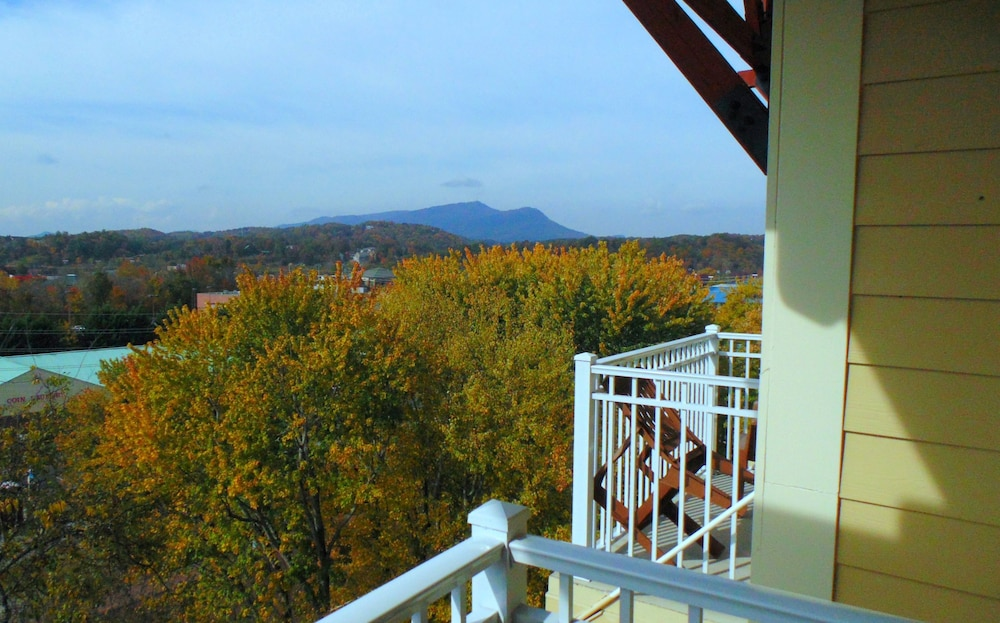 Mountain View, Clarion Inn
