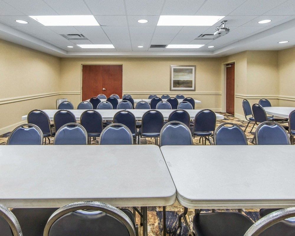 Meeting Facility, Clarion Inn