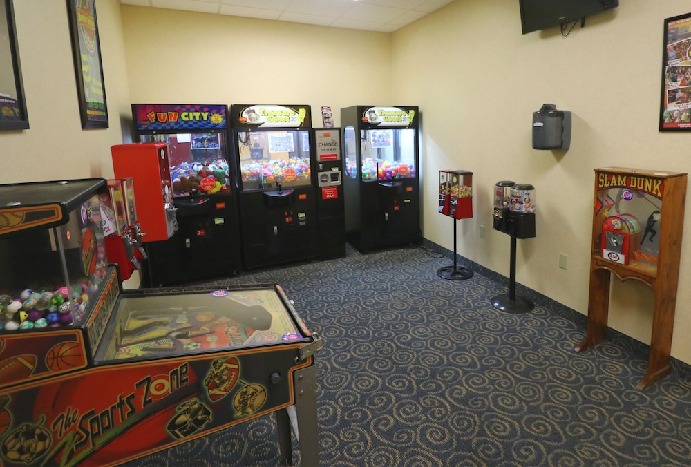Game Room, Clarion Inn