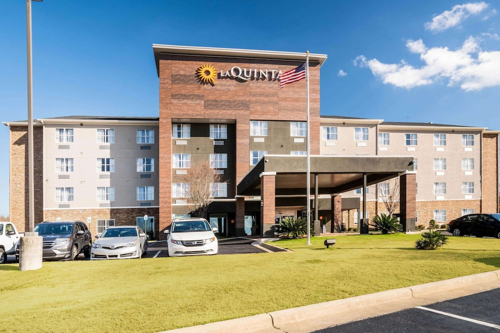Featured Image, La Quinta Inn & Suites by Wyndham Montgomery