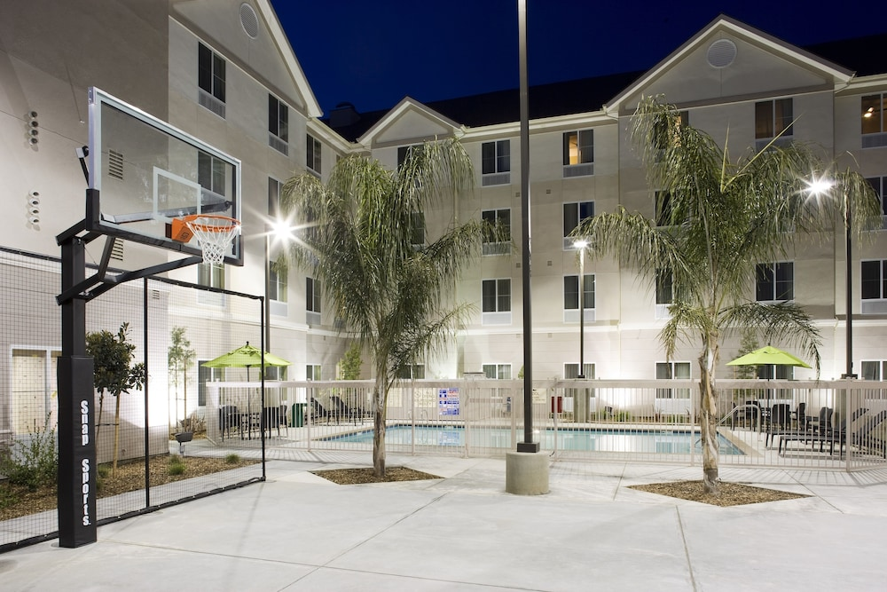 Sports Facility, Homewood Suites by Hilton Fresno Airport-Clovis