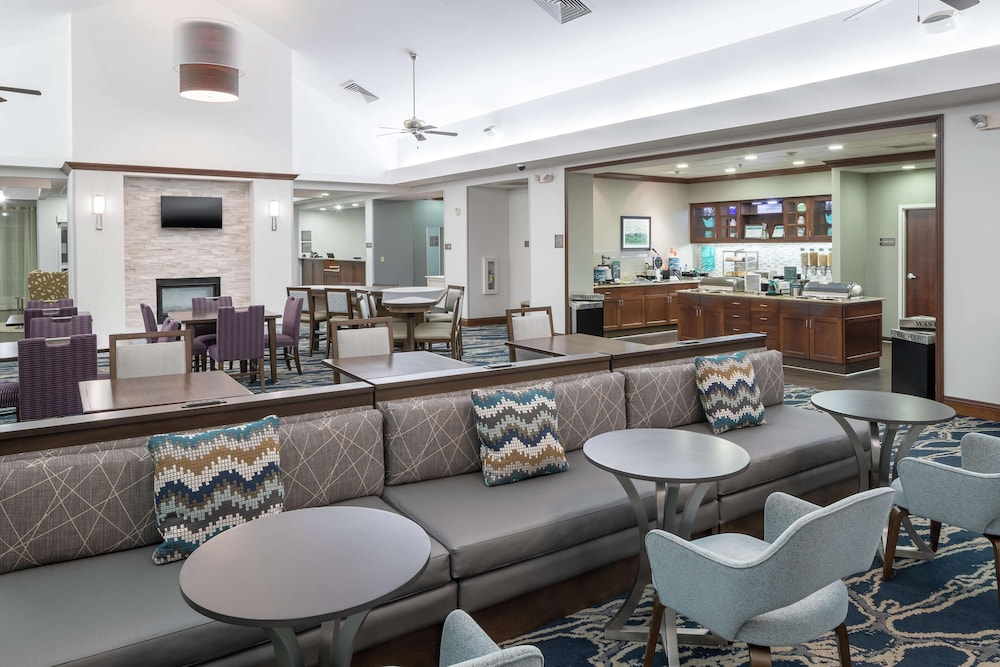 Lobby, Homewood Suites by Hilton Fresno Airport-Clovis