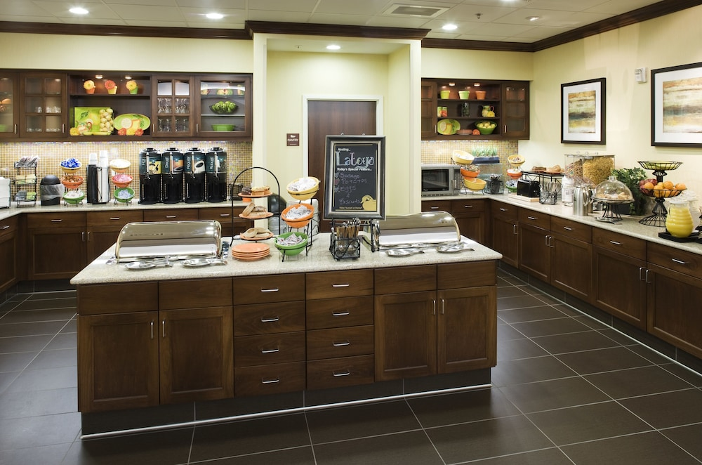 Breakfast buffet, Homewood Suites by Hilton Fresno Airport-Clovis