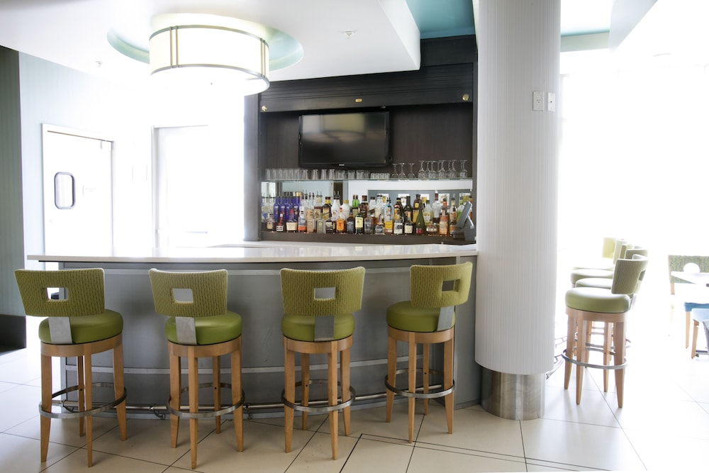 Food and Drink, SpringHill Suites by Marriott Ewing Princeton South