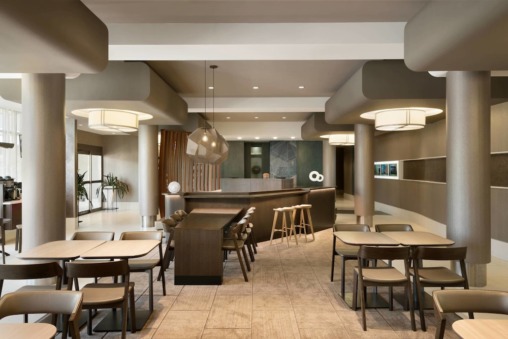 Bar, SpringHill Suites by Marriott Ewing Princeton South