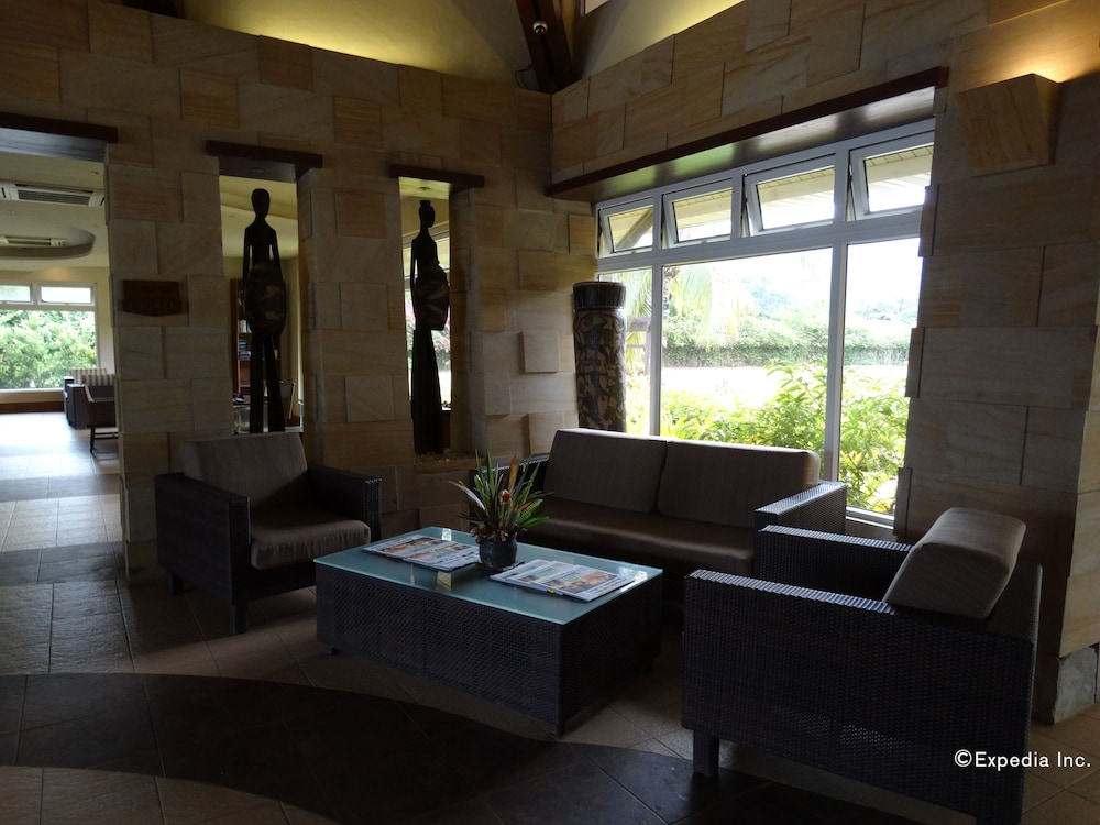 Lobby Sitting Area, Sheridan Beach Resort & Spa
