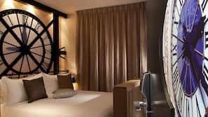 Premium-sengetøj, minibar, pengeskab på værelset, skrivebord