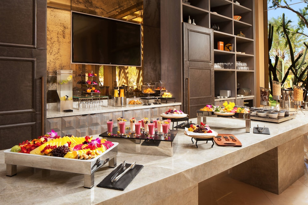 Breakfast buffet, The Canyon Suites at The Phoenician, Luxury Collection