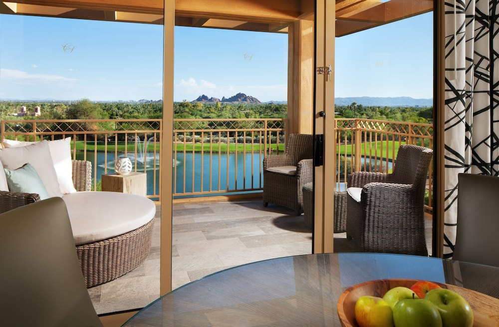 Terrace/Patio, The Canyon Suites at The Phoenician, Luxury Collection