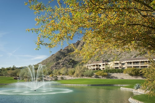 The Canyon Suites at The Phoenician, Luxury Collection