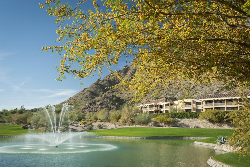 Exterior, The Canyon Suites at The Phoenician, Luxury Collection